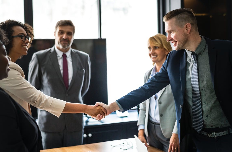 6 Helpful Tips for Senior-Level Recruiting